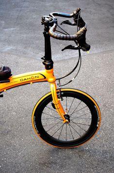 Dahon Visc.P20 via 橋輪ブログ Brompton, Bike Style, Bike Parts, Bicycle Design, Cool Bikes, Road Bike, Motorbikes, Bike Folding, Transportation