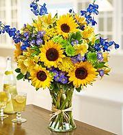 ideas for flowers vase arrangements color combos Sunflower Floral Arrangements, Summer Flower Arrangements, Sunflower Centerpieces, Sunflower Bouquets, Vase Arrangements, Beautiful Flower Arrangements, Summer Flowers, Flower Vases, Sunflower Vase