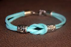 Armband mit Veloursband