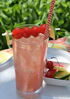Adult Cherry Limeade - Need a great drink that's SO easy to make, here ya go! Summer is just made for fruity cocktails! One of my favorites is Adult Cherry Limeade, a little tart, a little sweet, a whole lot of yum! Vodka Fruit Drinks, Amaretto Drinks, Easy Alcoholic Drinks, Fruity Cocktails, Alcohol Drink Recipes, Cocktail Drinks, Cocktail Recipes, Juice Recipes, Mix Drinks