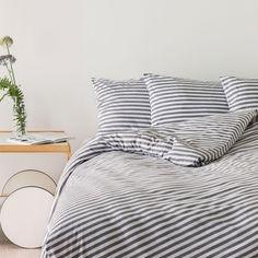 Marimekko, Cozy Bedroom, Dream Bedroom, Textile Patterns, Floral Patterns, Haida Art, Linen Bedding, Bed Linen, African Textiles
