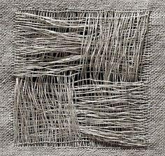 Discover thousands of images about Design - Textildesign, Pude kollektion, Butiksdesign, Udstilling Art Fibres Textiles, Weaving Textiles, Textile Texture, Textile Fiber Art, Art Grunge, Fabric Manipulation, Weaving Techniques, Fabric Art, Woven Fabric