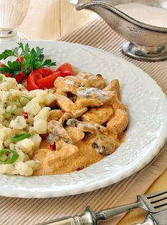 Hungarian Recipes, Hungarian Food, Pasta Salad, Potato Salad, Food And Drink, Lunch, Meat, Chicken, Ethnic Recipes