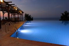 Top 20 Infinity Pools | infinity pool Freshome 20 30 Spectacular Infinity Pools That Will Rock ...