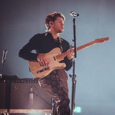 Niall Horan Baby, Naill Horan, Irish Boys, Irish Men, One Direction Photos, 0ne Direction, Stars Then And Now, Royal Albert Hall, James Horan