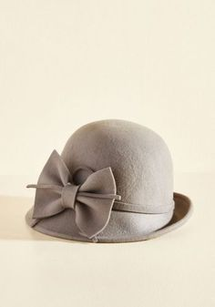 Love the bow detail on this aptly named 'Cinema Style' cloche hat from Modcloth!