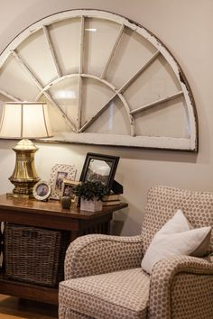Manchester Tan (Benjamin Moore) used in our client's living space. Tan Paint Colors, Interior Paint Colors, Manchester Tan Benjamin Moore, Trending Paint Colors, Favorite Paint Colors, Built In Bookcase, House Painting, Living Spaces, Living Room