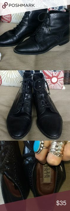Nine West Vintage brogue booties Perfect 80s grunge or to complement some 50s dresses. Great overall condition with the exception of needing new laces. Made in Brazil. Leather uppers. Vintage Shoes Ankle Boots & Booties