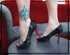 WONDER WOMAN TATTOO & WOLFBEATER HEELS
