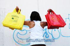 Realizamos bolsas de gran calidad utlizando el nuevo material TST ideal para bolsas publicitarias. Personalizas a tu gusto y con el tamaño que necesites.