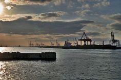 Osaka bay (HDR)