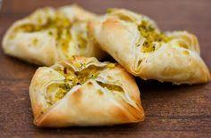 Recipe: Malai Ful Khaja (Indian Sweet)