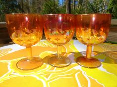 VTG 1960s MOD Retro Atomic Starburst Gold Pedestal Carnival Glass Goblet Mugs 3