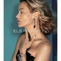 #carolynemurphy #supermodel for #oscardelarenta fall winter 2015 #fashiondesigner. More #photos  coming soon on  #elsfashiontv  @elsfashiontv  #me #photooftheday #instafashion #instacelebrity  #instaphoto #newyork #london  #milan #italia #manhattan #miami #glamour #fashionista #style #altamoda #fashionweek #paris  #tvchannel #fashiontrends