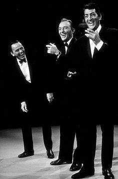 "Dean Martin with Bing Crosby and Frank Sinatra, circa ""Rat Pack"" Golden Age Of Hollywood, Vintage Hollywood, Hollywood Stars, Classic Hollywood, Dean Martin, Joey Bishop, Robin Williams, Franck Sinatra, Robert Downey Jr."
