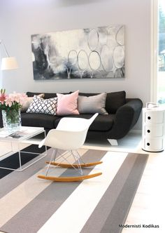 Livingroom Living Room Inspiration, Interior Inspiration, Barcelona Chair, My Dream Home, Sweet Home, New Homes, Room Decor, Modern, Art Art