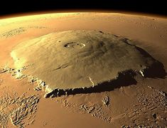 Olympus Mons, Mars - The biggest volcano in the solar system. Cosmos, Space Planets, Space And Astronomy, Mars Surface, Eclipse Solar, Mars Planet, Planets And Moons, Astronomy Pictures, Space Images