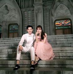 one beautiful face W Two Worlds - Kang Chul Han Hyo Joo Lee Jong Suk, Lee Jong Suk Cute, Lee Jung Suk, Korean Actresses, Korean Actors, Actors & Actresses, K Drama, Drama Film, W Two Worlds Wallpaper