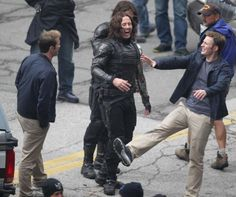 Latest CAPTAIN AMERICA Versus WINTER SOLDIER Set Photos and Video Surface