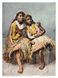HAWAIIAN HULA GIRLS WITH FLOWER LEIS, C. 1880