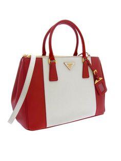 A Saffiano Lux handbag, a part of Prada's  Spring collection. Want!