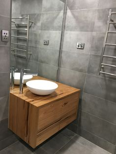 Floating timber vanity Bathroom Renos, Bathroom Layout, White Bathroom, Bathroom Vanities, Hardwood Furniture, Bathroom Furniture, Double Vanity Tops, Powder Room Vanity, Timber Vanity