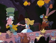 9 Reasons Alice In Wonderland Is A Queen Among Disney Princesses