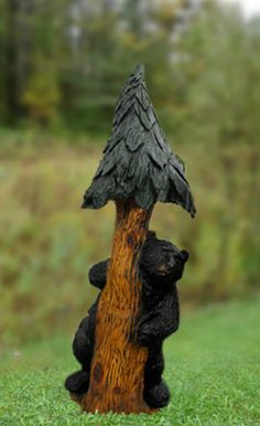 Chainsaw carved bears