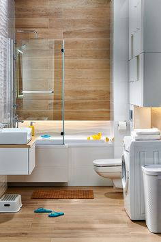 Modern Bathroom Decor, Bathroom Design Small, Bathroom Interior, Bathtub Shower Combo, Leroy Merlin, Home Look, Office Decor, Toilet, Sweet Home