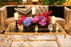 Lounge Furniture, Table, Home Decor, Homemade Home Decor, Salon Furniture, Tables, Interior Design, Home Interiors, Desk