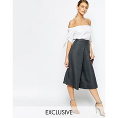 Love Tailored Culottes in Fishbone (180 BRL) found on Polyvore featuring women's fashion, pants, capris, gray fishbone, high rise pants, side zipper pants, tailored pants, light weight pants and high-waisted trousers