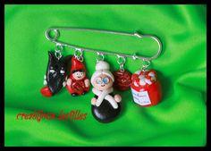 broche fimo grand-mere ,loup, galette, rouge,fimo cadeaux anniversaire : Broche par creabijoux-les-filles