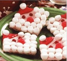 kids christmas crafts | Kids will enjoy making these jolly Santa crackers for Santa himself.