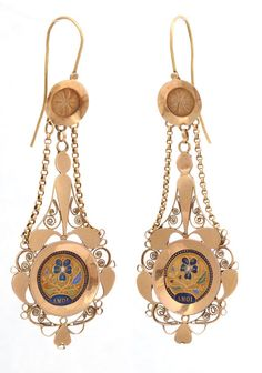"""French Napoleanic earrings dated 1801 and inscribed """"Amoi"""", I love. 18kt gold and enamel"""