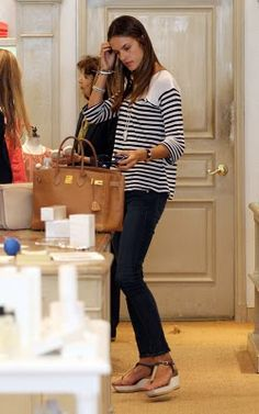 I'll be your slave if you buy me that bag - 35 CM Birkin in Gold Color with Gold Hardware!!! #Hermes #brown