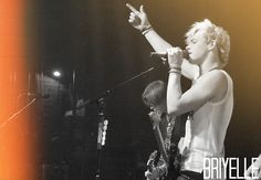 Ross lynch :)