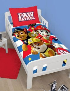 PAW PATROL ~ 'Pawsome' Toddler/Cot Bed Quilt Set