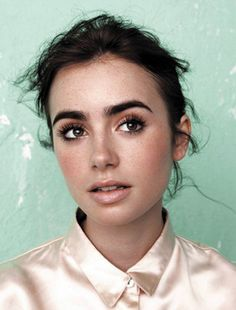 lily collins 3 595x784 Oh so pretty: Lilly Collins