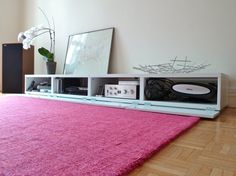 IKEA Hackers: Affordable, yet stylish TV bench