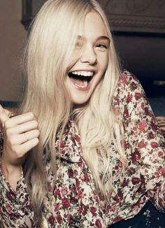 Spam of Elle Fanning but she's perfect so no h8