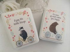 SHABBY COUNTRY VINTAGE STYLE CHIC LOVELY  SMALL BADGER or BEAR TIN