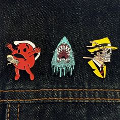 It so quiet I can hear an upcoming PIN-DROP! My first 3 artist-series soft enamel pins from @yesterdays.co will debut this weekend at D-Con but you can WIN A SET NOW! Go check out @yesterdays.co's page to find out how to win 3 more tiny ways to stab your chest! by alexpardee