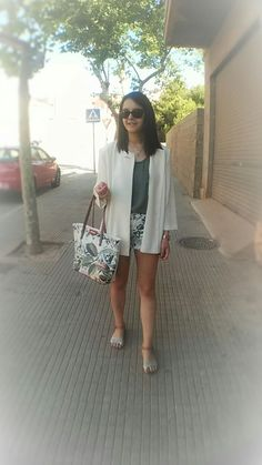 http://zaracabanyes.blogspot.com.es/2016/07/polka-dots-and-flowers-look-299.html?m=1