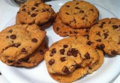 Amerikai chocolate chip cookie Comfort And Joy, Chocolate Chip Cookies, Kids Meals, Muffin, Sweets, Breakfast, Recipes, Food, Cakes