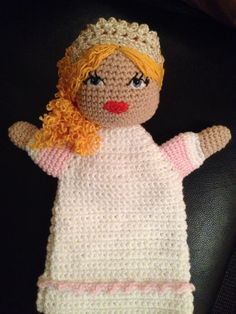 Hæklet hånddukke til Ingrid - prinsesse