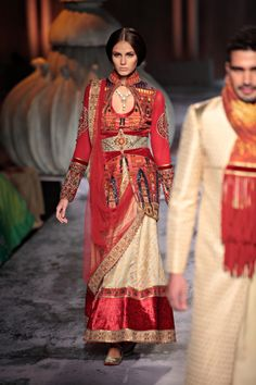 A A I N A - Bridal Beauty and Style: Designer Bride: Delhi Couture Week - JJ Valaya