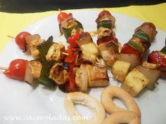Caceroladas: Brochetas de pollo marinado con verduras