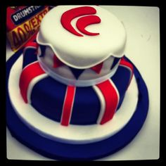 AMAZING Queen's Jubilee cake for Freestyle Tea Party!