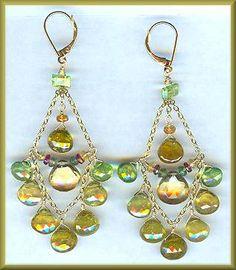 href=http://www.artfulsoul.com/store/infoamfme207gcigg.html target=window2>Amethyst's Green Garnet Chandelier Earrings