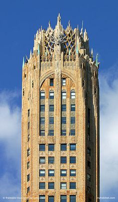 NYC. General Electric Building, a great combination of Art-Deco and Gothic architecture